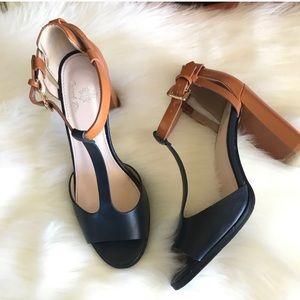 French blu Tokyo color block T strap heel